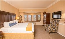 Santa Maria Inn Rooms - Grand Suite King Bedroom