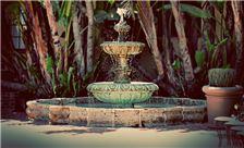 Santa Maria Inn - Fountain