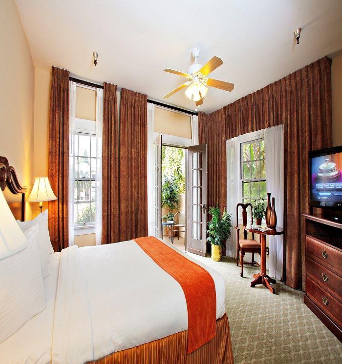 Master Suite at Santa Maria Inn, California