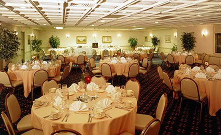 Santa Maria Inn, California Wedding Space